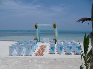 What a beautiful setting for YOUR beach wedding!