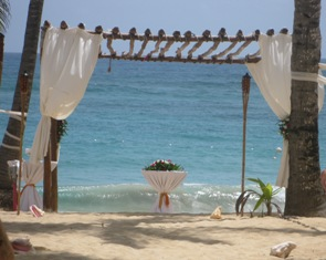 Rustic and Beautiful beach weddings!